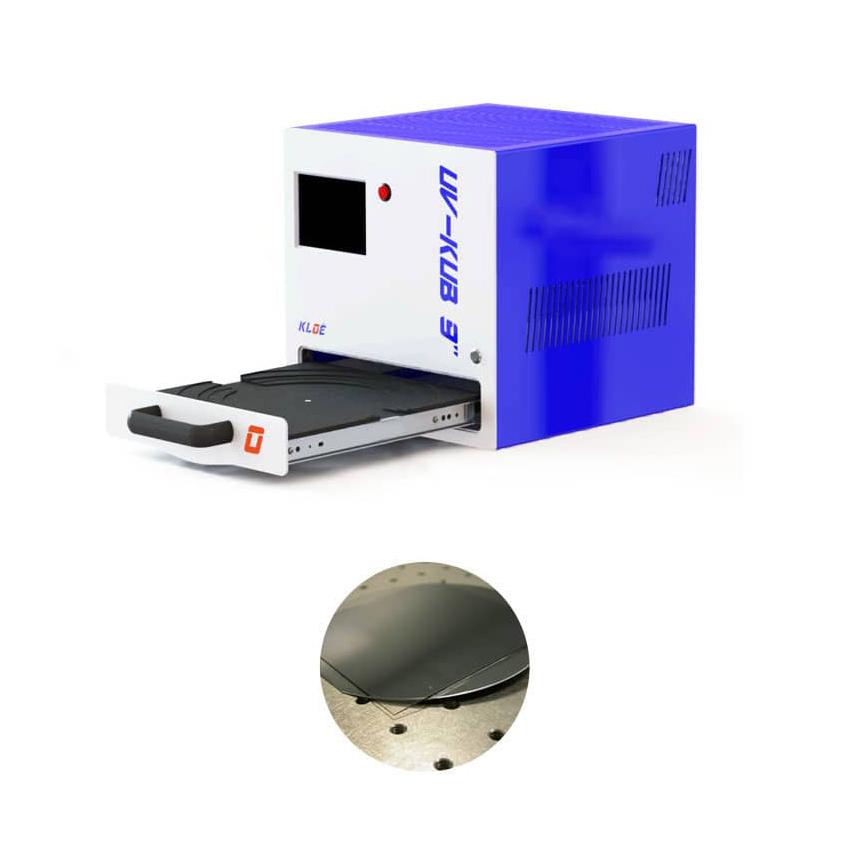 Insolateur UV UV-KUB 9 avec tiroir ouvert et un exemple d'application