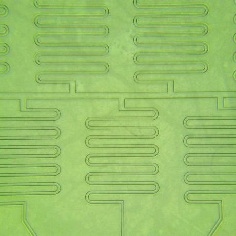 Exemple de dispositif microfluidique : christmas tree